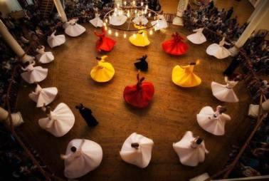 Sufi's dancing